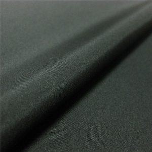 vysoce kvalitní 100% polyesterová tkanina 1/6 keprová látka pro bundy / kabát / oblečení